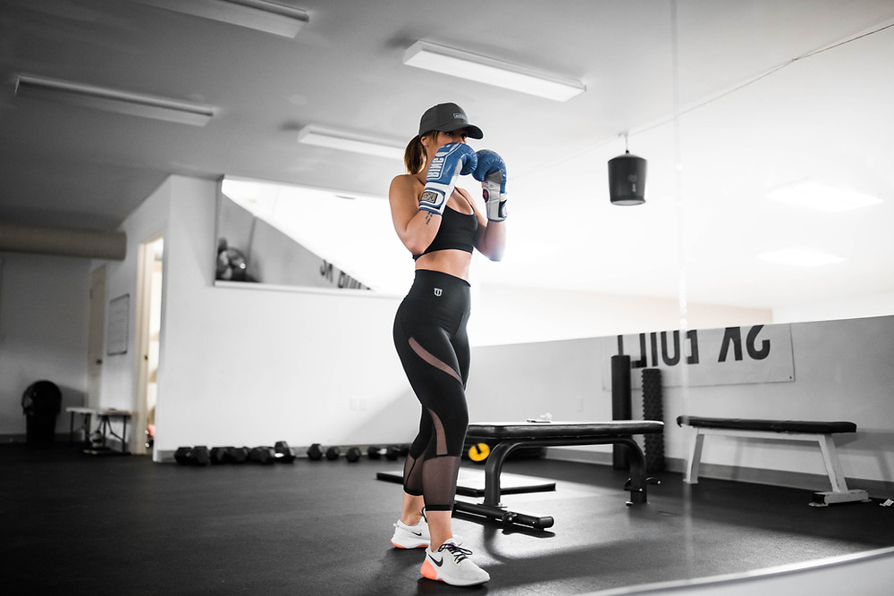 cardio kickboxing in gym