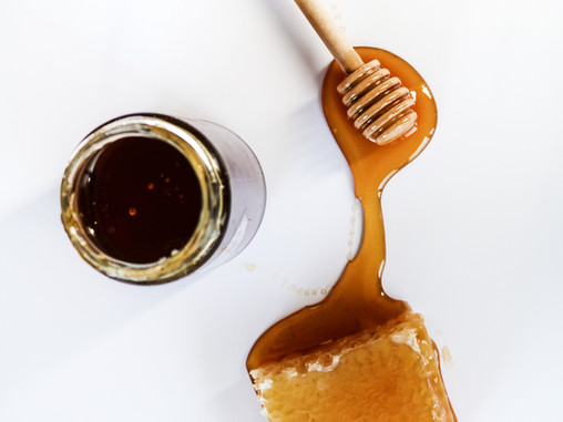 Honey: The Perfect Moisturizing, Deep-Cleansing, Natural Skin + Hair Beautifier