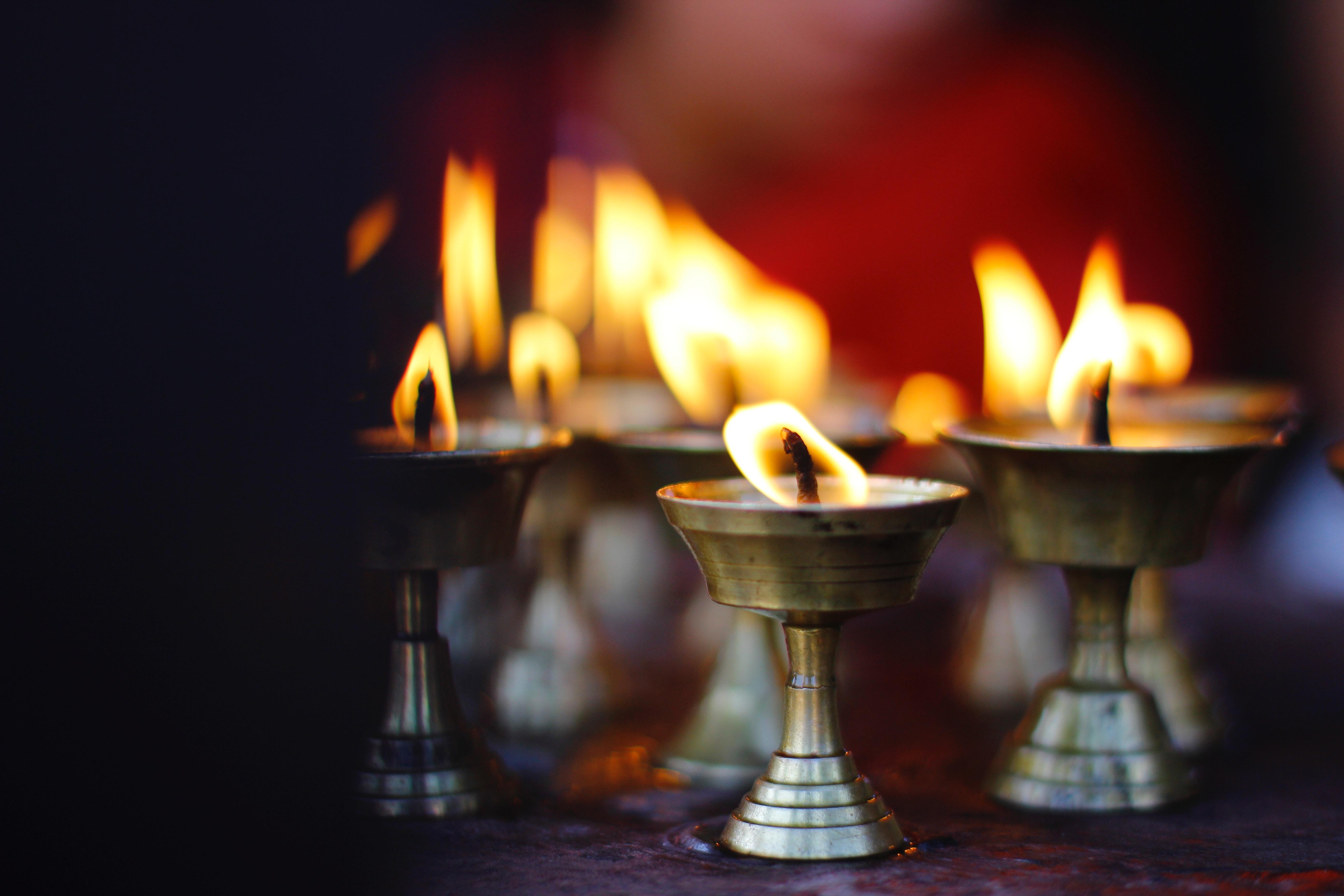 Ritual candlelight