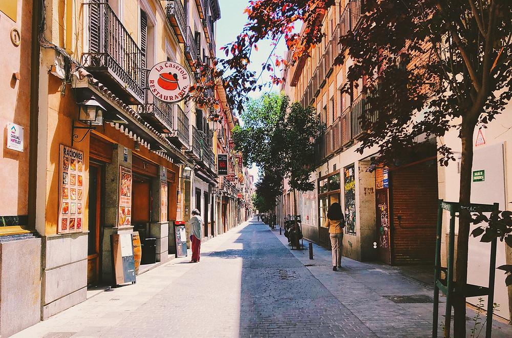 Las calles de Madrid se vacían ante la llegada del confinamiento por la Covid-19.