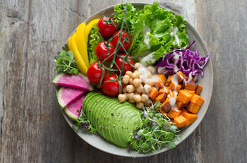 5 Reasons Why You Should Eat Plant Based food