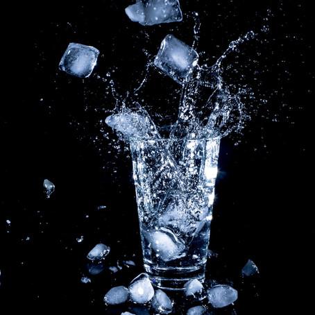 10 Amazing Benefits of Drinking Water