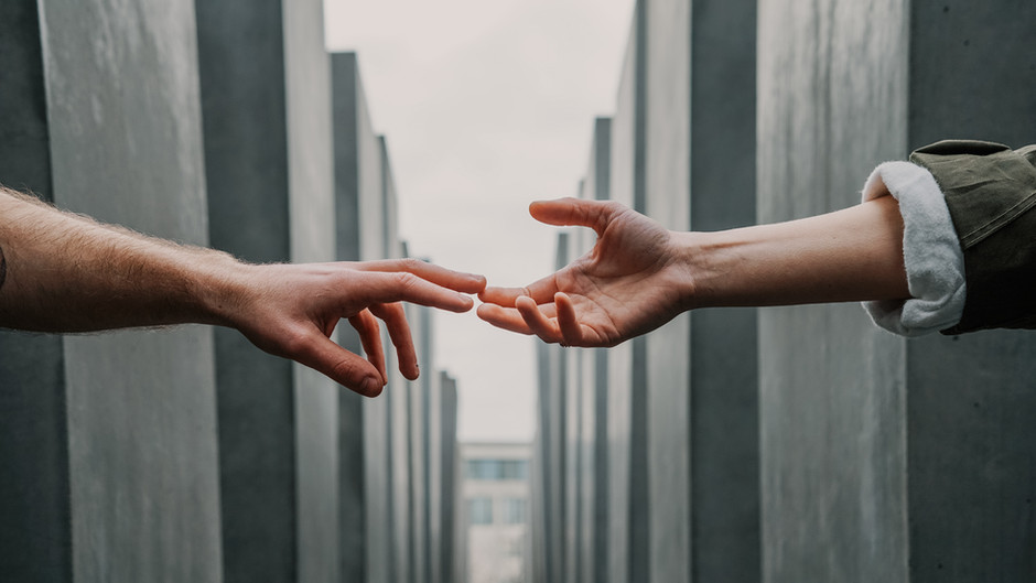 Wat is het verschil tussen relatietherapie en relatiecoaching