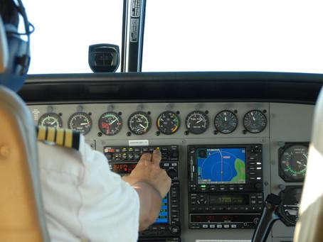 Organização do trabalho e aspectos de saúde (em pilotos da aviação comercial)