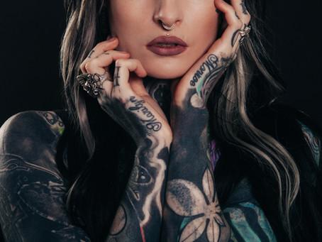 """""""E quando poi invecchi?"""" Come la cultura del tatuaggio si è evoluta nella nostra società"""