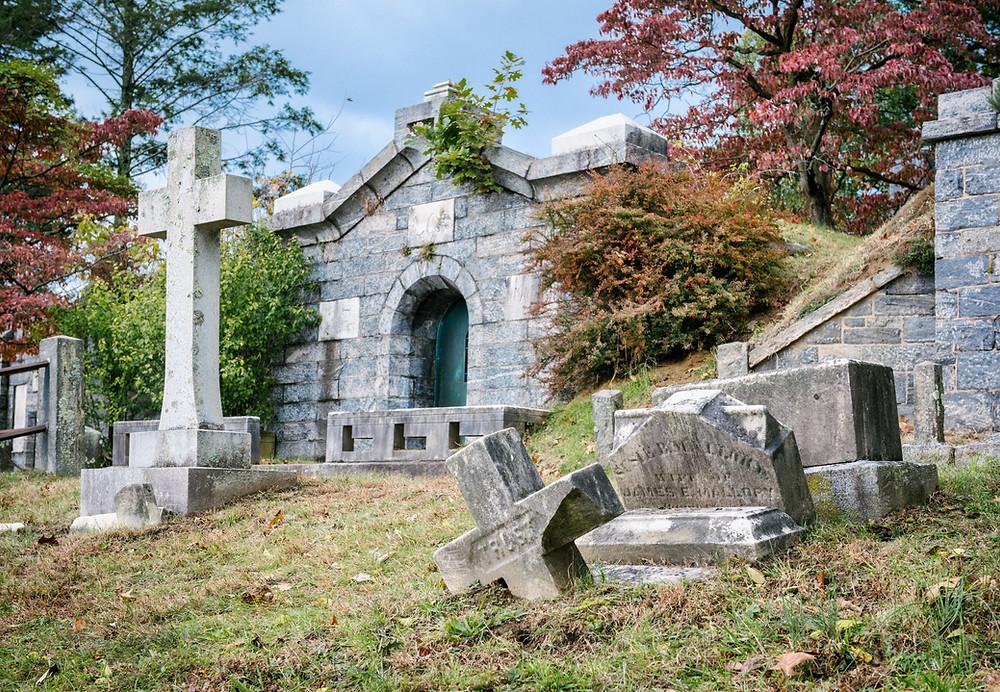 John Newton, Tomb