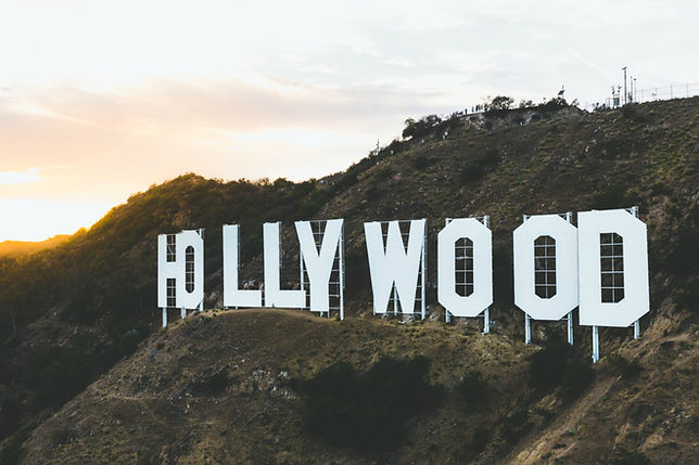 hollywood sign - movie reviews