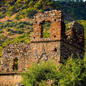5 MYSTERIOUS FACTS ABOUT BHANGARH THAT WILL SCARE YOU TO BITS