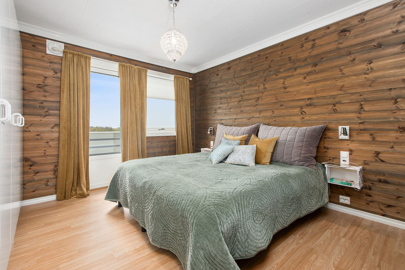 Feature ARCHITECTURAL TEXTURE like this wood wall.