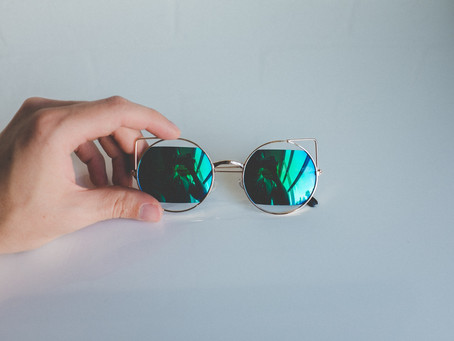 Love Sunglasses? 14 Dare Secrets A Pair Of Them Tell You( part 1 )