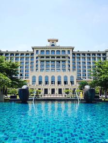 Hotels, Resorts & Casinos