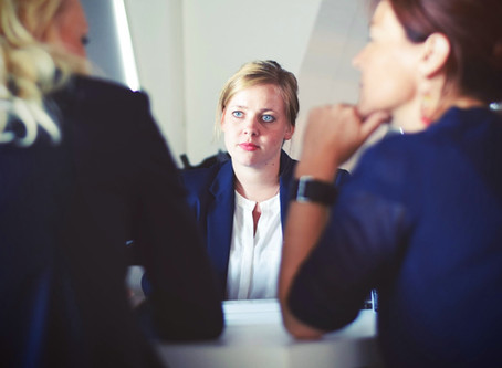 3 THINGS YOUR INTERVIEW BODY LANGUAGE SHOULD SAY ABOUT YOU