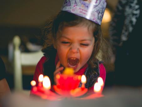Kind bijna jarig? Pas de 4 cadeautjes regel toe!