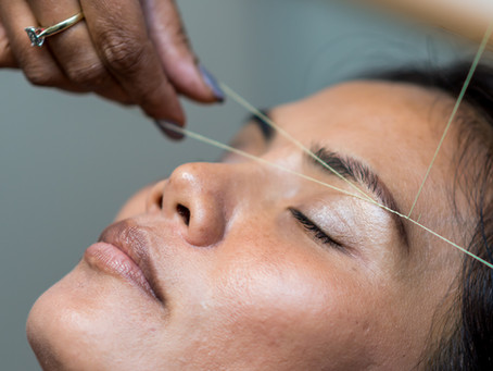 Tip 3: How To Thread Your Eyebrows