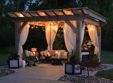 Summer Styling for Spectacular Outdoor Spaces by Laurence Carr, Interior Design