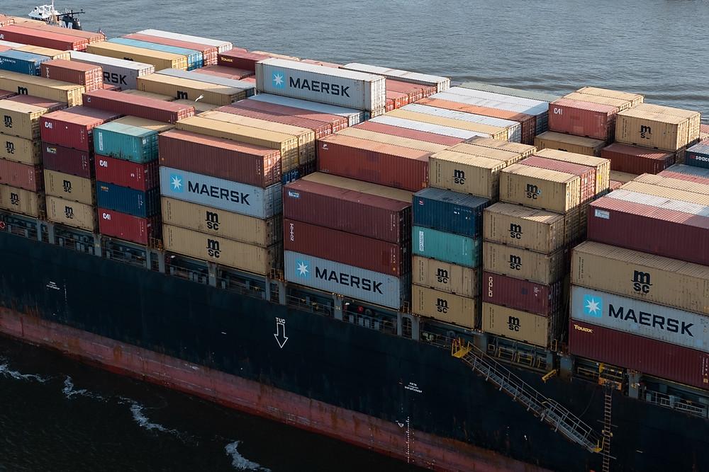 Globalization suffers bad week as vessel stuck in Suez Canal