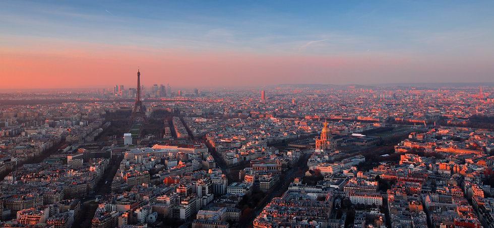 Paris sunset - Eiffel Tower and Invalides - Image by Luca Micheli