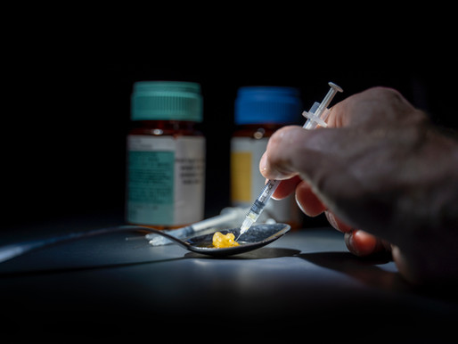 Opiate vs. Opioid – Do You Know the Difference?