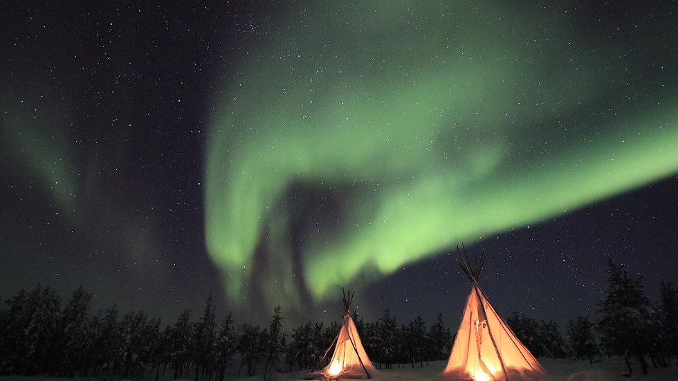 Northern Lights of Aurora Village, Yellowknife 4 Days