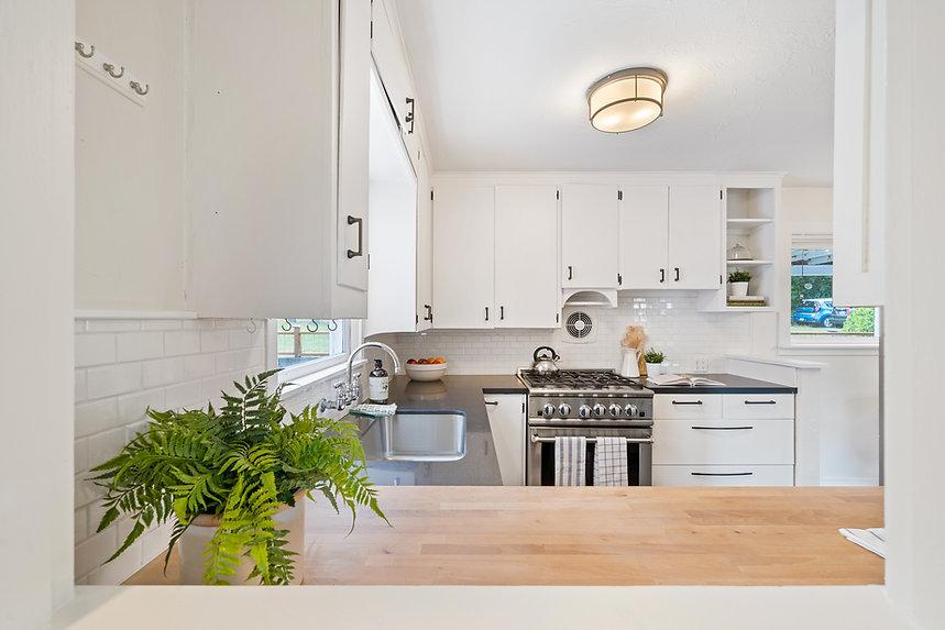 Modern custom cabinets for kitchen