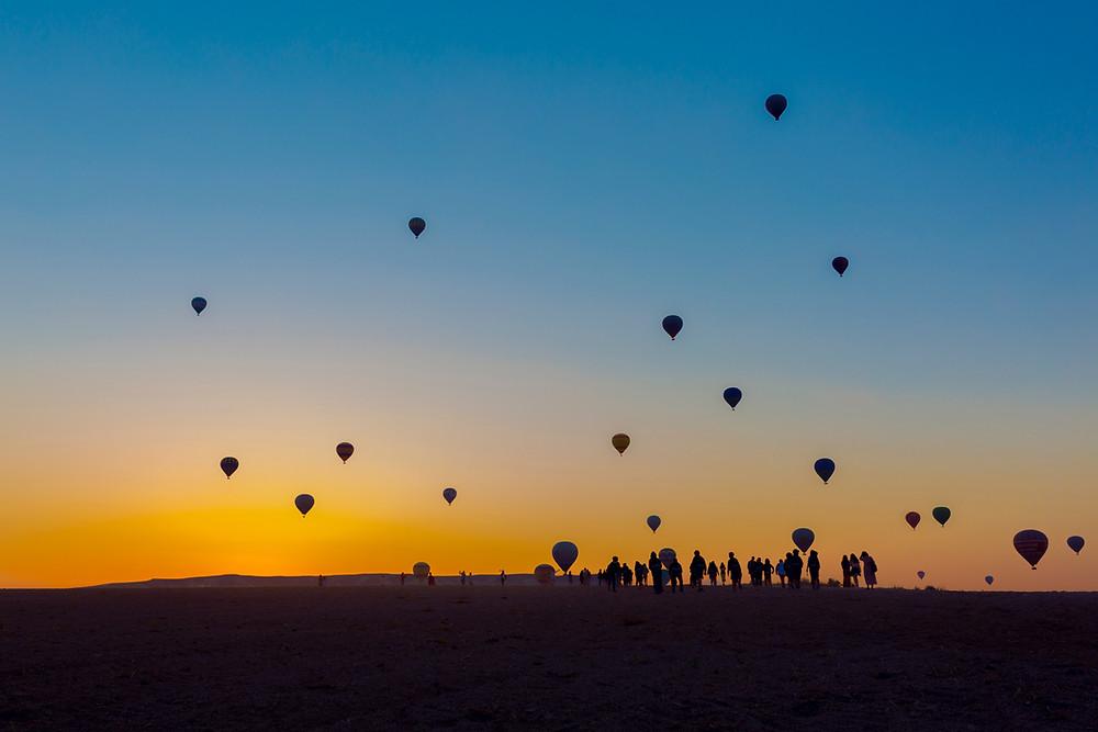 Air balloons at sundown
