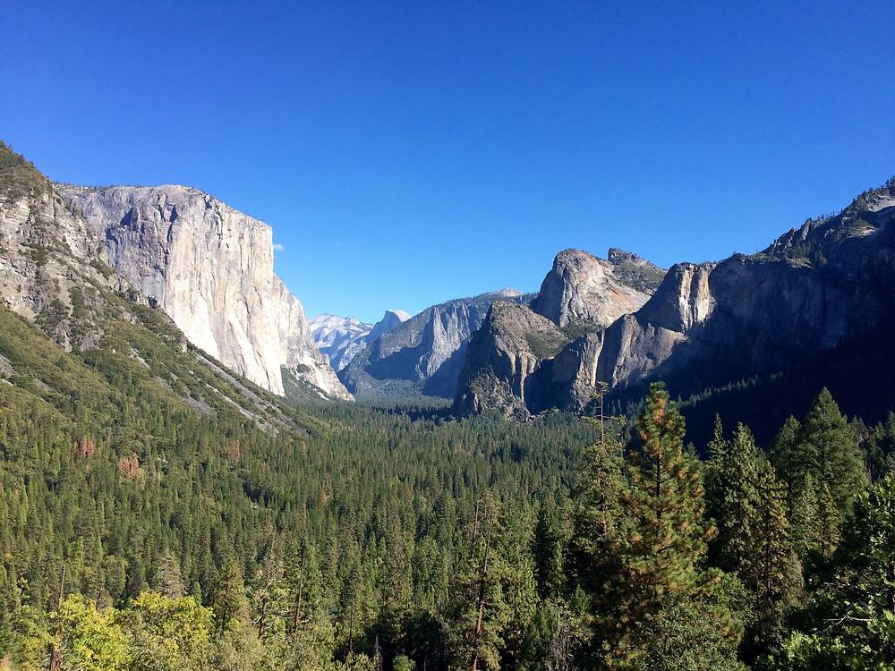 yosemite is a world's best hiking destination