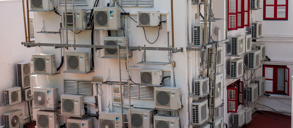 Can an inverter AC run on the inverter?
