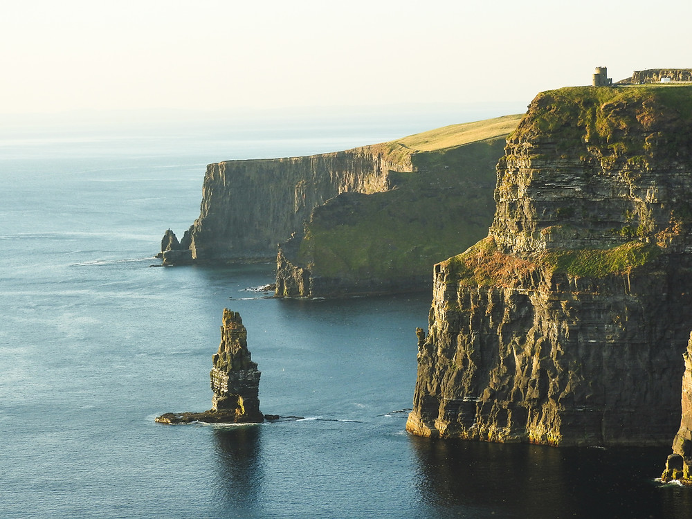 Ireland road trip destination to the cliffs of moher