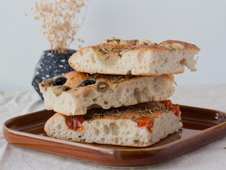 Focaccia Bread with Cherry Tomatoes