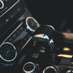 Jeune permis boîte automatique : quelle voiture choisir pour moins de 3 000€ ?