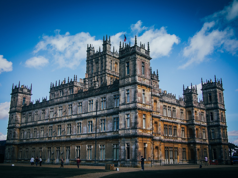 Vintage England - in the Footsteps of Downtown Abbey by Anna Fishman, Bergen County Moms