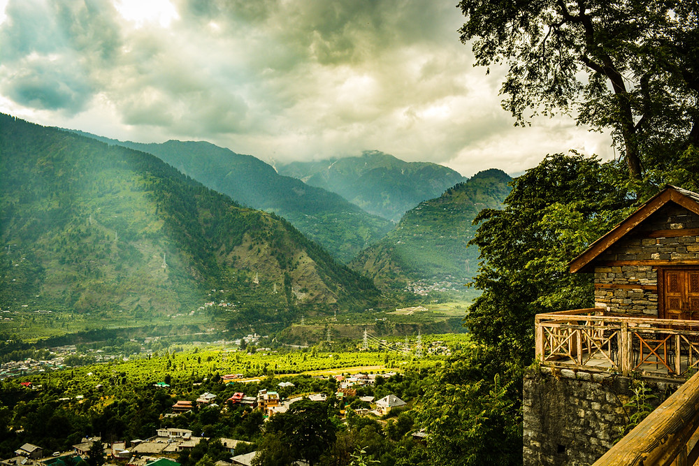 trekking in manali