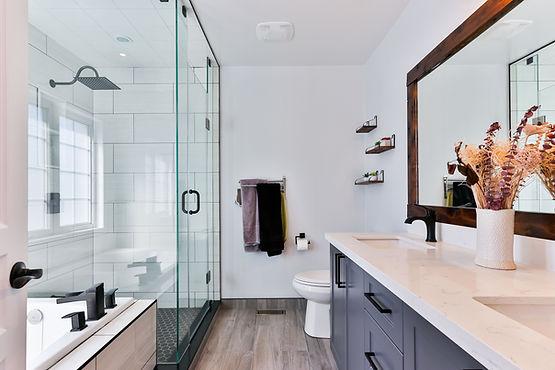 Bathroom interior decor Image by Sidekix Media