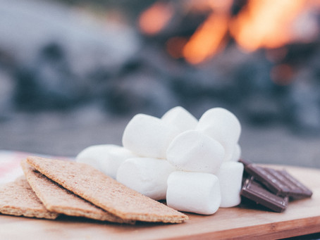 Building a S'more Bar-Halloween Tradition