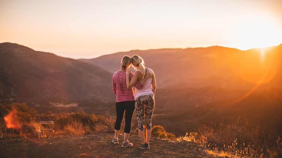 10 Ways to Support a Friend While They're Depressed