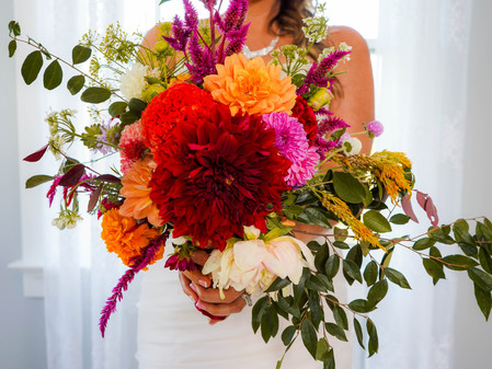 Tips on Marketing Trends for Wedding Flowers