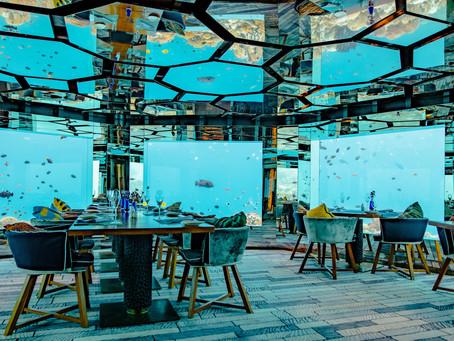 Restaurants insolites : 12 adresses surprenantes dans le monde entier