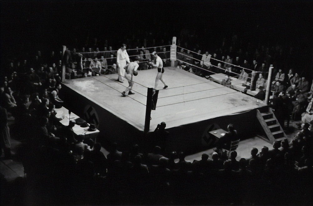 boxing arena in black and white. How to jump into training for collections agencies