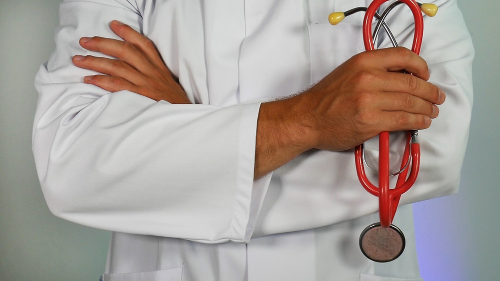 Image of a doctor's white coat