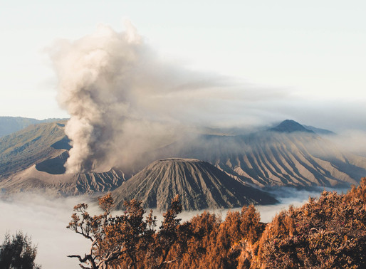 Volcano in Philippines, 1m may be evacuated. Manila at risk.