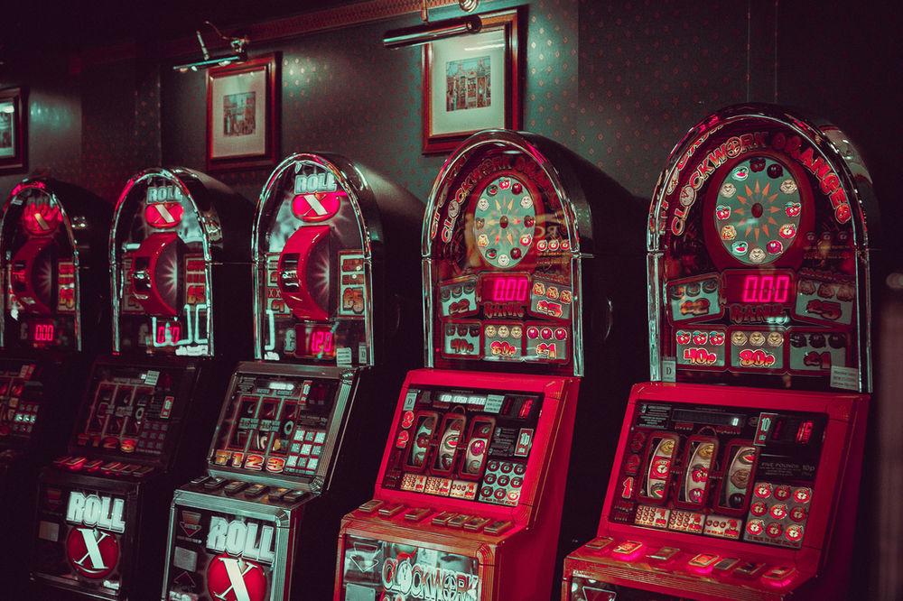 Бабушка игровой автомат лас вегас гранд игровые автоматы онлайн бесплатно