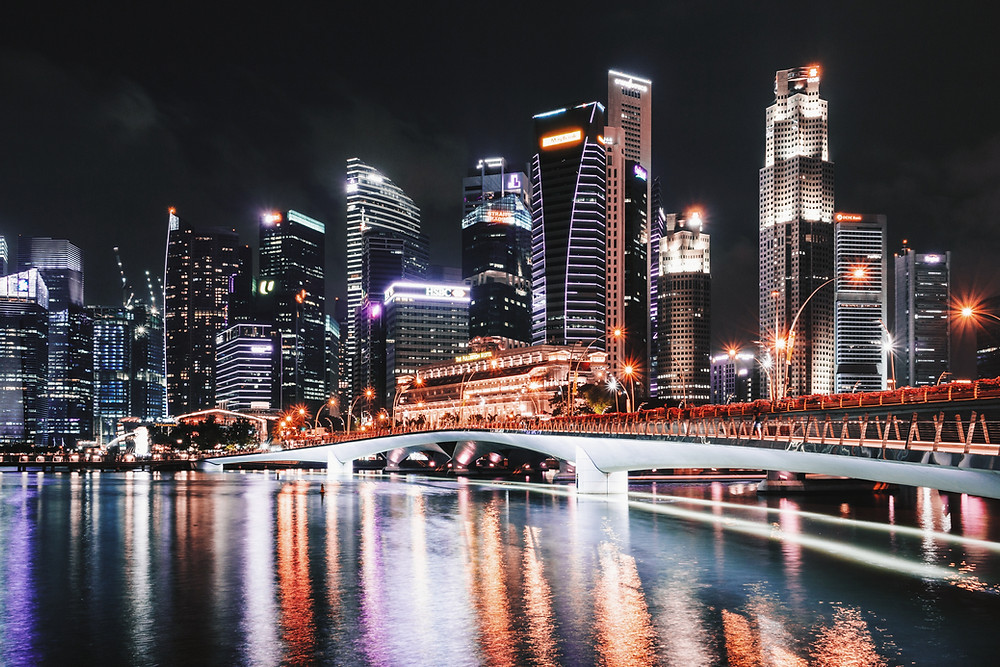 Picture of the Singapore skyline at night