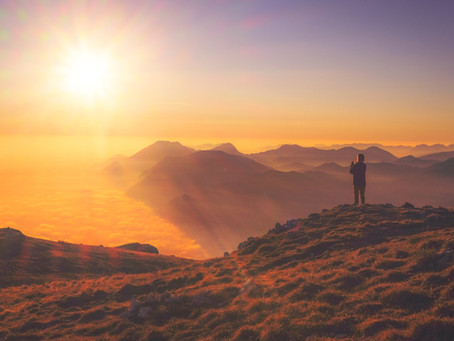Skyrocket Your Success and Happiness With a Motivating Morning Routine