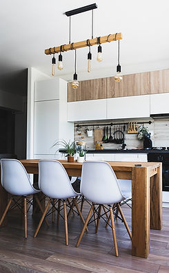 Airbnb and vacation rental kitchen cleaned by eco-friendly home cleaning services in Kelowna and West Kelowna.