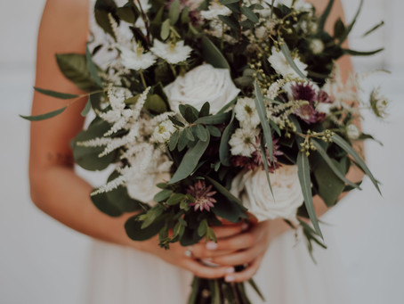 How to choose the PERFECT wedding bouquet...
