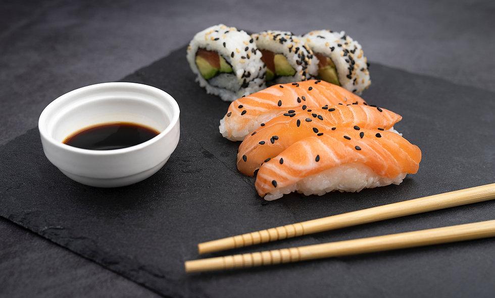 Niji Sushi Bar & Grill
