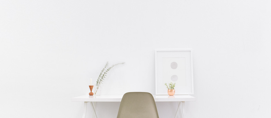 What is the minimalist lifestyle?