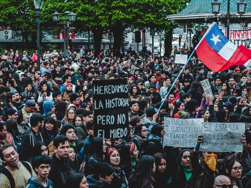 Koronavirus razara Čile: Na protestima ljudi traže hranu