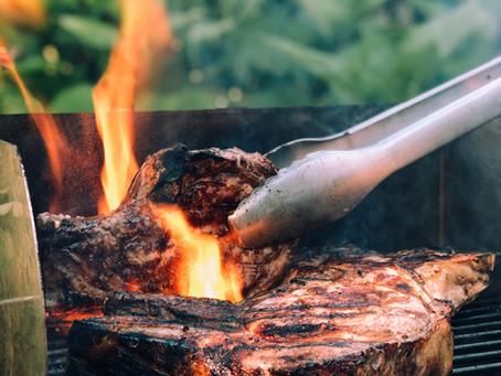 BBQ Steak on the BIG GREEN EGG