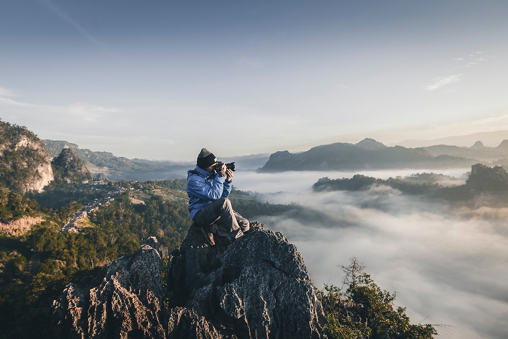 How to optimize your images for faster page load speed - photographer in landscape